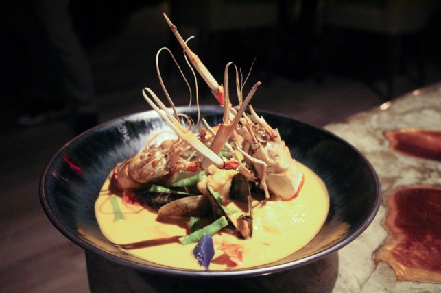 Seafood Curry – tiger prawns, pei mussels, langoustine, peruvian pot