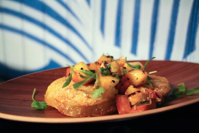 Fried Green Tomato – Charred peach & scallion salsa