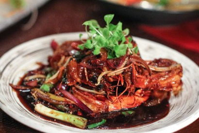 Black Pepper Shrimp – Dried Pineapple, Ginger, Pea Shoots, Chili Oil