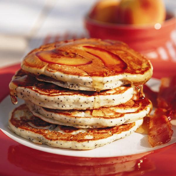 Peach and poppyseed pancakes - Chatelaine