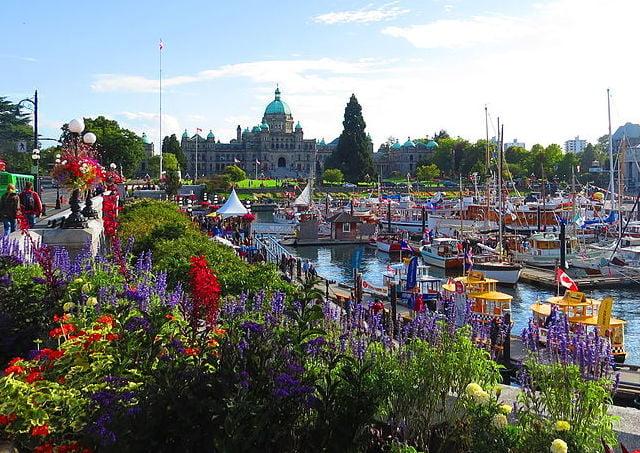 Garden Decor Canada