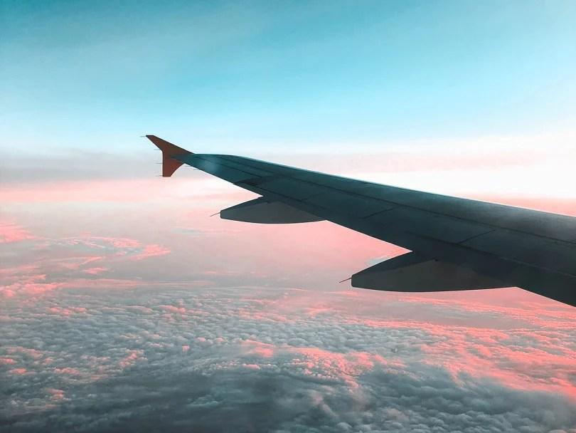 how do airplanes affect