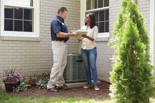 Inspector and homeowner | Chattanooga Home Inspector | Home warranty plans Chattanooga