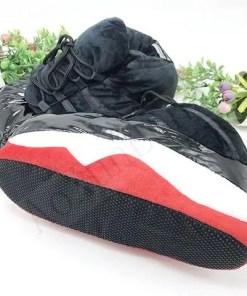 pantoufle basket noir rouge semelle