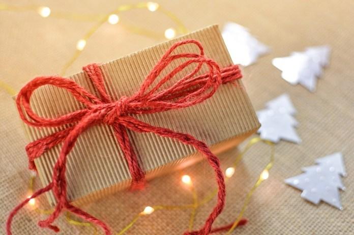 Die besten Geschenkideen für Männer zum neuen Jahr - Was schenken?