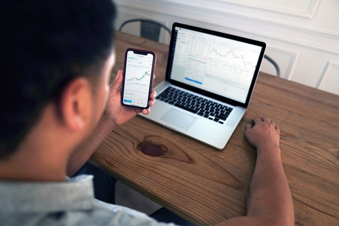 Mobile Trading: Wie Man(n) richtig an der Börse handelt!