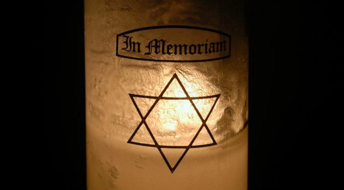 Close up of a Yahrzeit candle