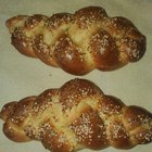 "Baking on a Sunday afternoon: Miniature high-gluten חלות with sesame/garlic/""kimel"" topping"