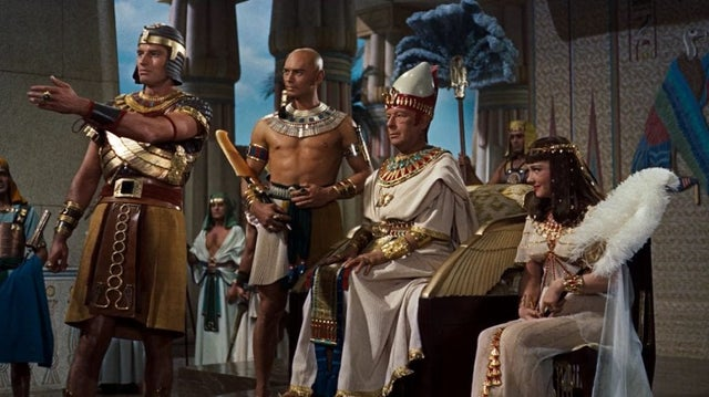 (NSFF?) Cecil B. DeMille's The Ten Commandments (1956)...For the few on the Venn diagram who 1) have seen it, but 2) can comment authoritatively on it's innumerable halachic mistakes: Just how bad is it?
