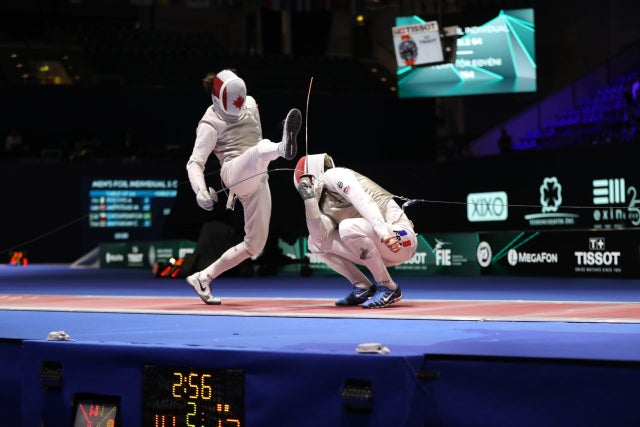 Menschwarmers Podcast: Jewish sports fans, take a stab at fencing