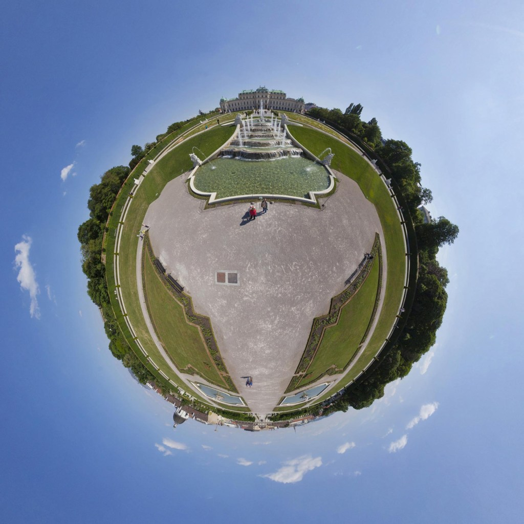 little planet - Brunnen im Belvedere