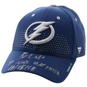 Autographed Tampa Bay Lightning Brayden Point Fanatics Authentic Blue Fanatics Cap with