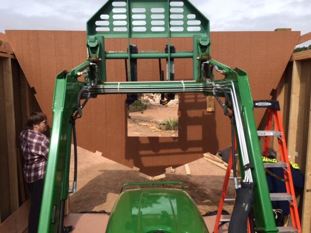 18-installing-barn-style-truss