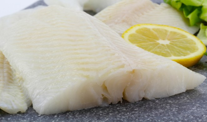 raw fish with lemon