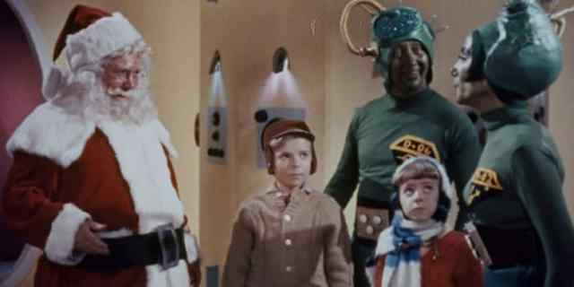 Santa Claus Conquers the Martians | Embassy Pictures
