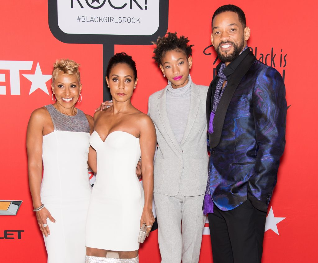 Adrienne Banfield-Norris, Jada Pinkett Smith, Willow Smith, and Will Smith