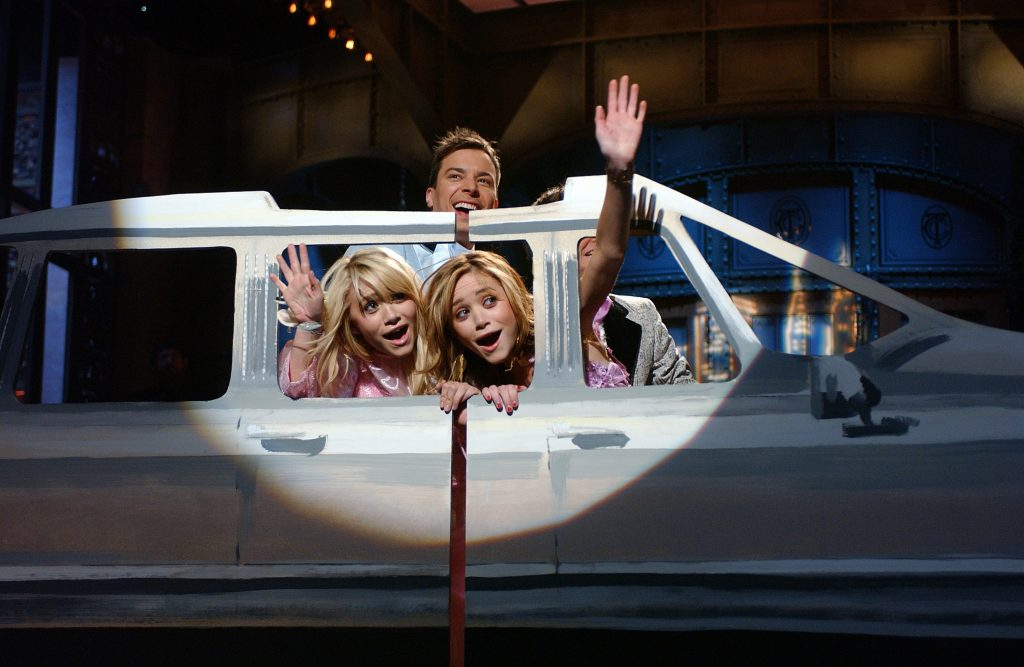 Mary-Kate and Ashley Olsen with Jimmy Fallon on 'Saturday Night Live'