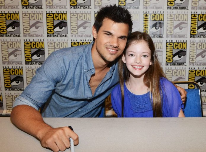Twilight will feature Taylor Lautner and Mackenzie Foy as Jacob and Renesmee