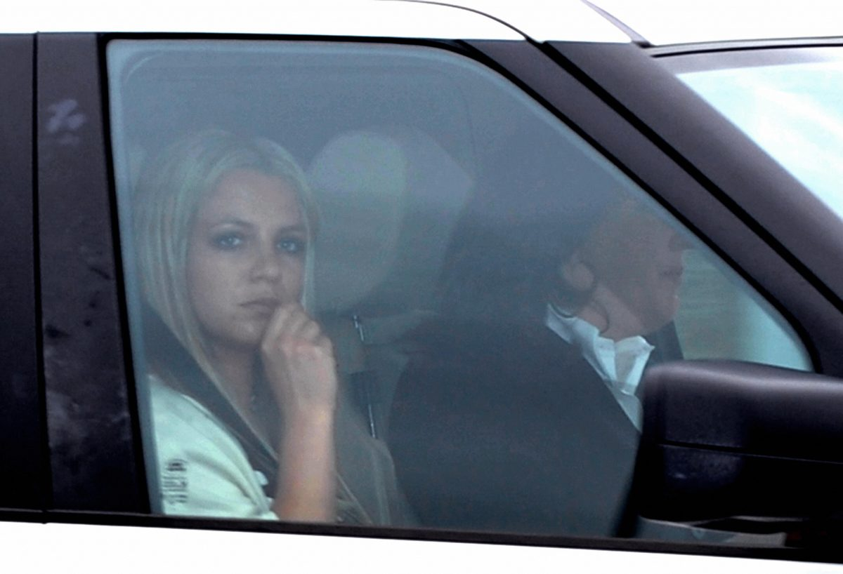Britney Spears will leave the Los Angeles Superior County Courthouse after a child custody status hearing on May 6, 2008.