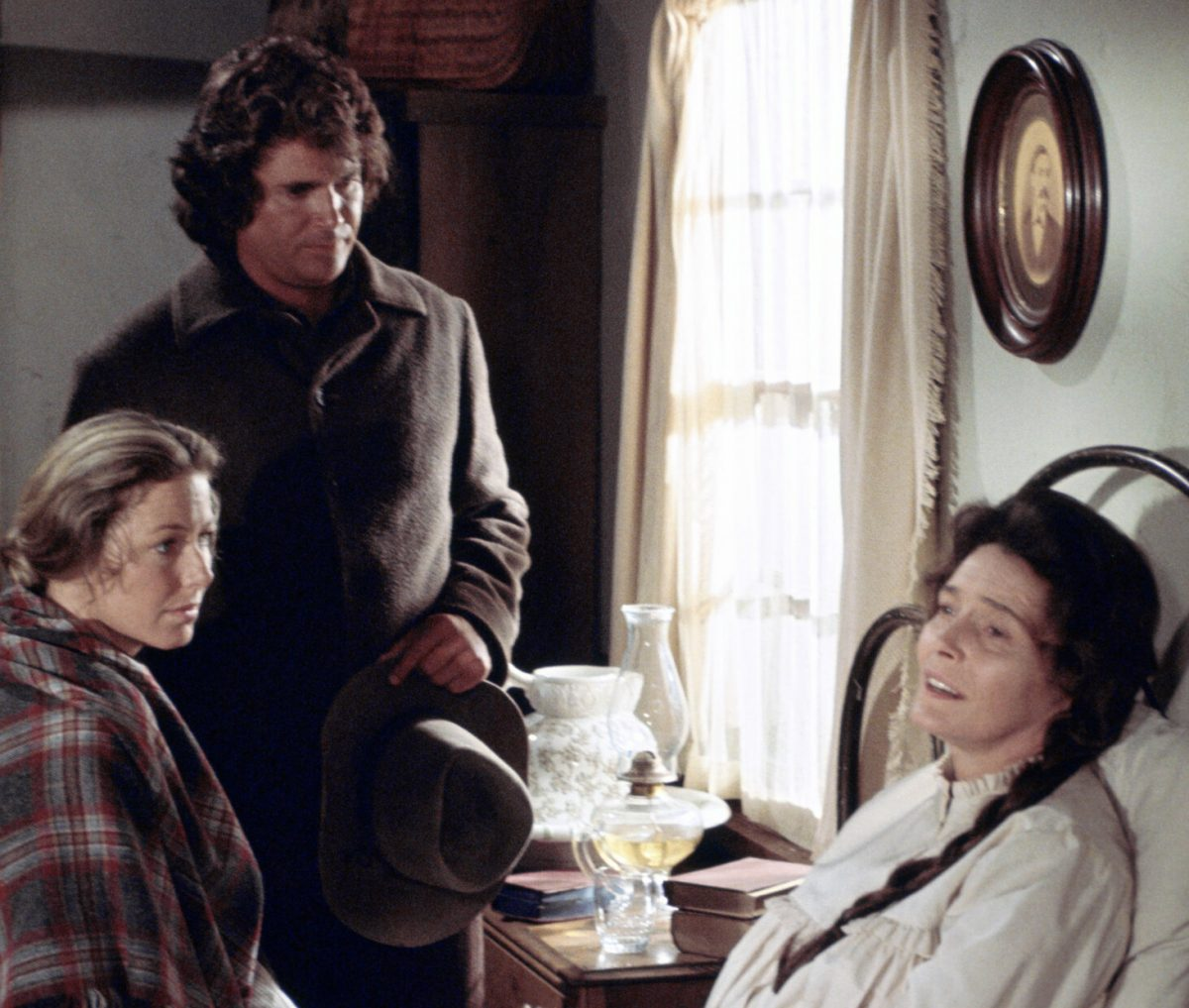 Patricia Karen Grassle as Caroline Quiner Holbrook Ingalls, Michael Landon as Charles Philip Ingalls, Neal as Julia Sanderson on 'Little House on the Prairie'