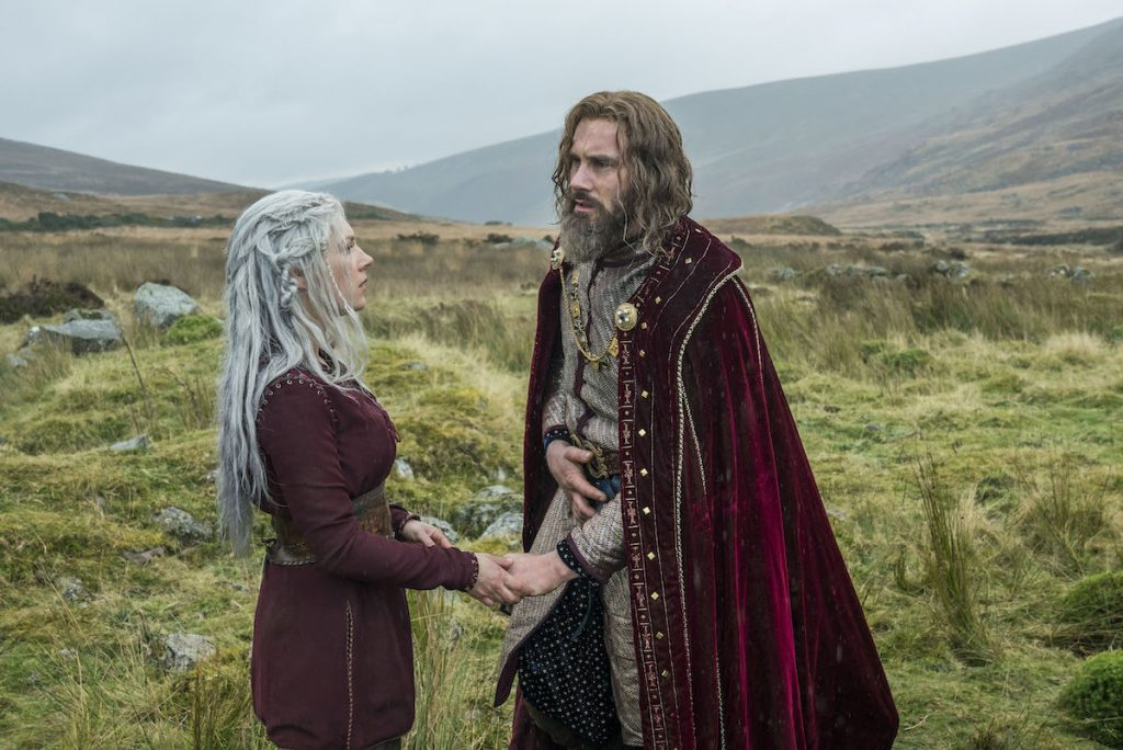 Katheryn Winnick and Clive Standen in 'Vikings'
