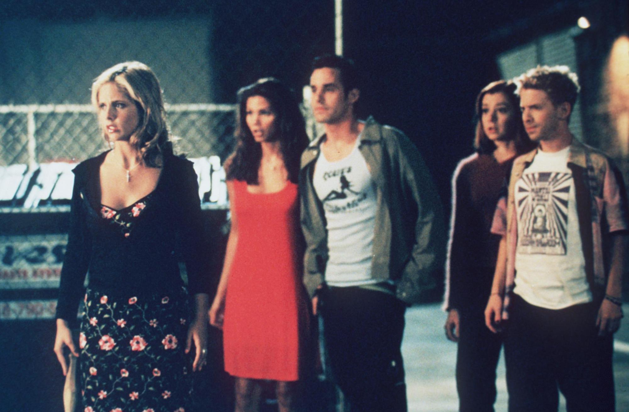 The team of 1998 'Buffy The Vampire Slayer'.