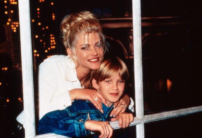 Anna Nicole Smith and her son