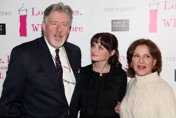 """Edward Herrmann, Alexis Bledel and Kelly Bishop attended """"Love, Loss, and What I Wore"""" 500th performance ceremony at Bee Smith's restaurant in 2011"""