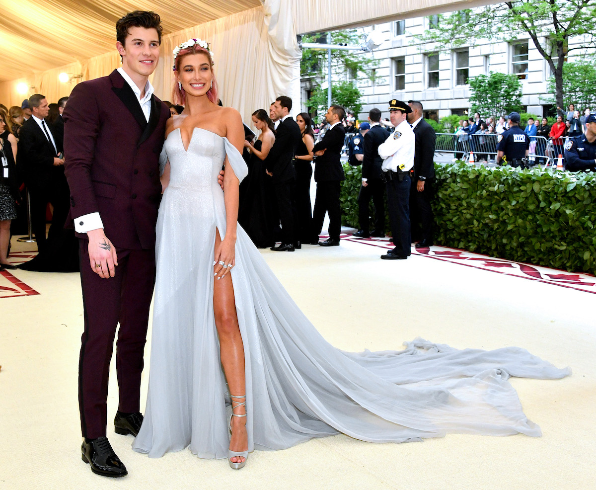 Shawn Mendes and Hailey Bieber pose together at the 2018 Met Gala.