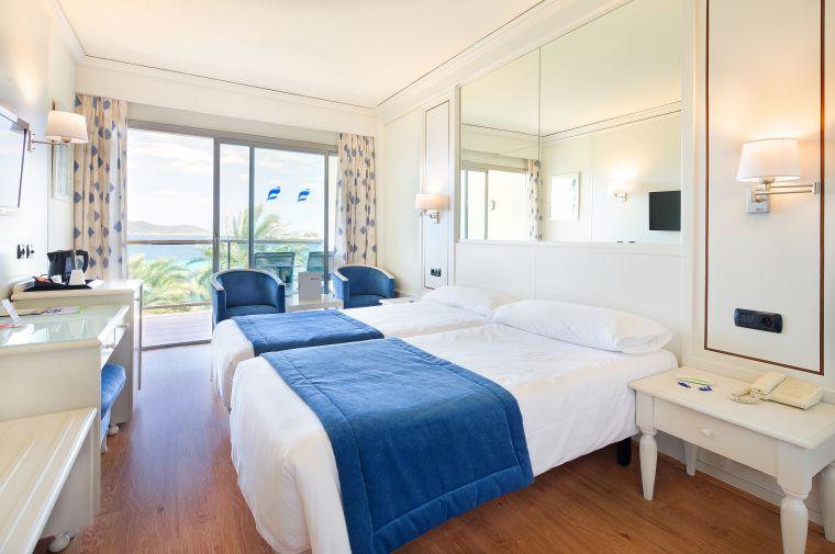 Hotel THB Los Molinos Ibiza  Check Jugendreisen