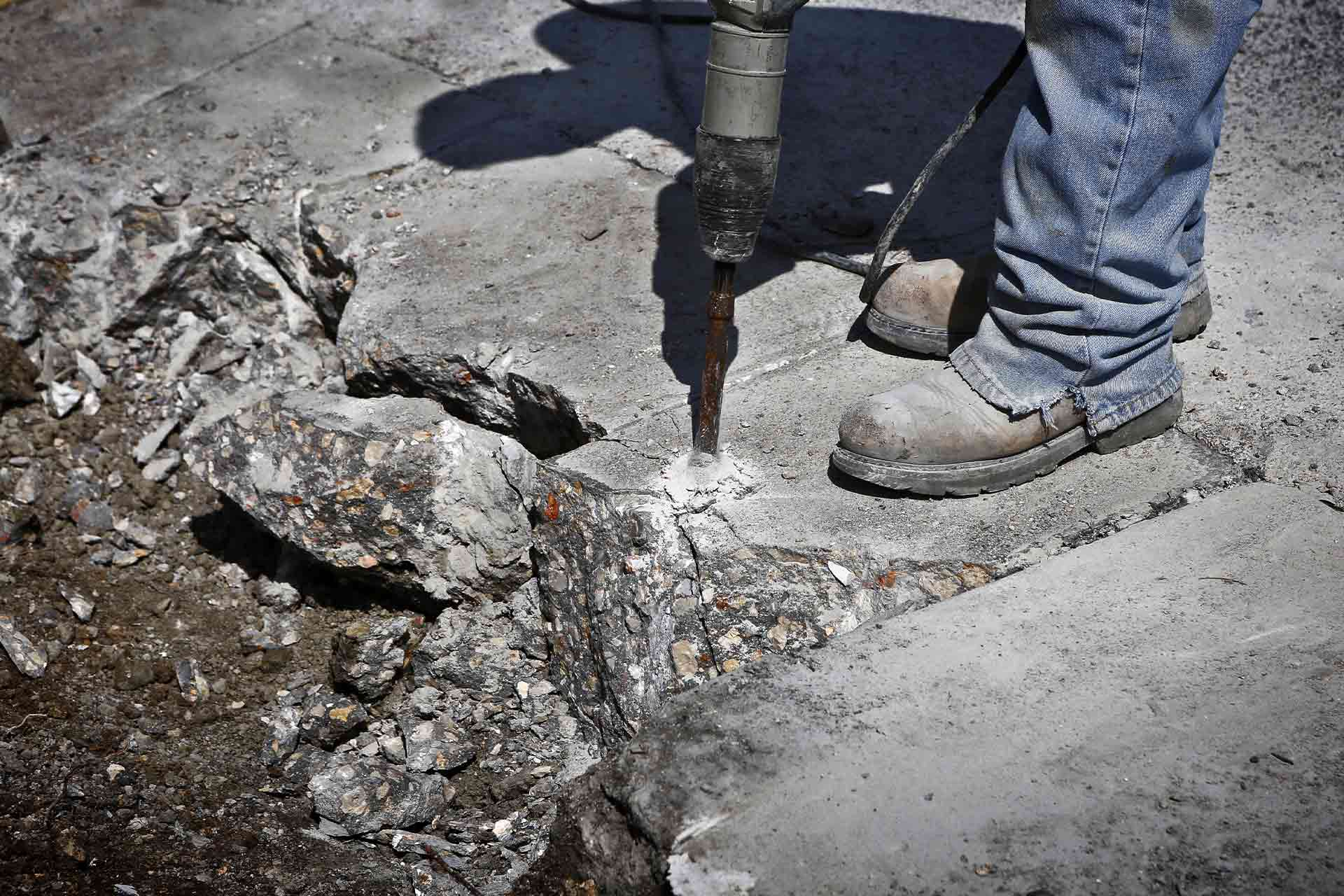 how much does concrete removal cost in
