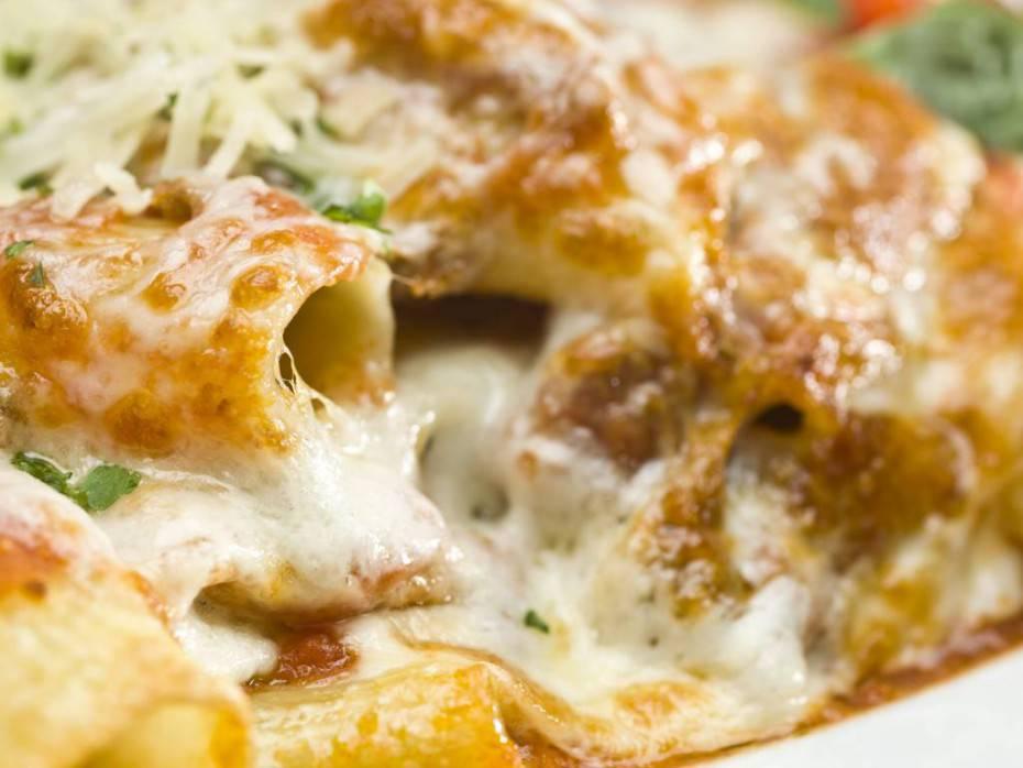 Rigatoni al rag gratinati al forno con mozzarella Ricette di checucinoit