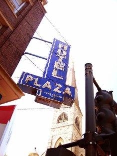 Hotel Plaza, Chicago, IL