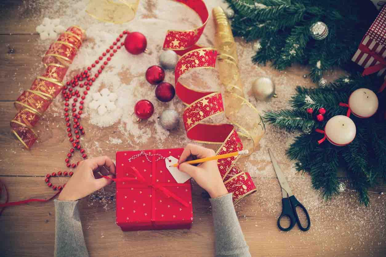 Le frasi più originali, religiose o divertenti da inviare su whatsapp. Auguri Di Buon Natale Le Piu Belle Frasi Famose E Aforismi
