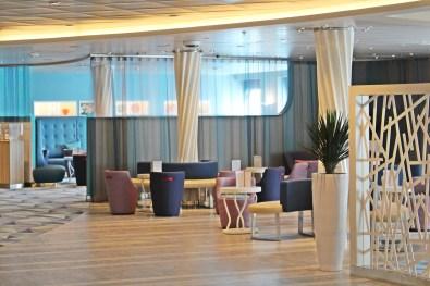 Deck 4: TUI Bar
