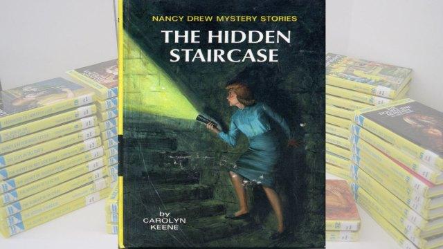 Nancy Drew & the Hidden Staircase Book PDF