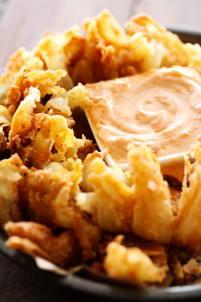 blooming onion and dipping