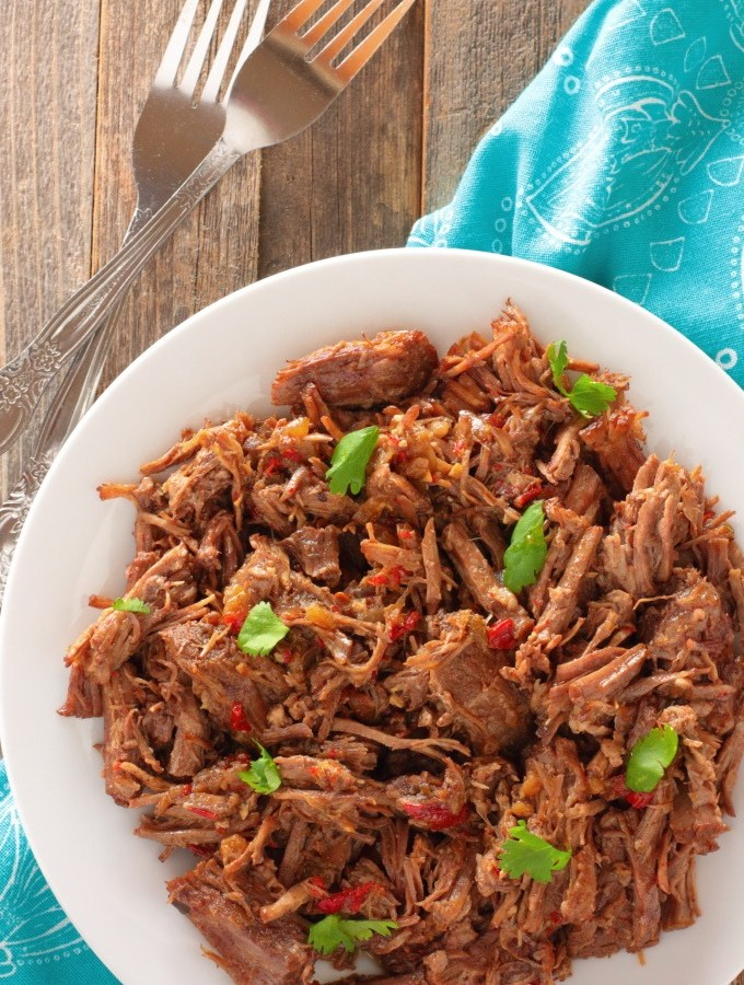 Even though it's 8:41am and I'm drinking coffee, writing about Better Than Takeout Chipotle Beef Barbacoa is still making me hungry. It's that good. So good that even coffee breath doesn't deter the longing.