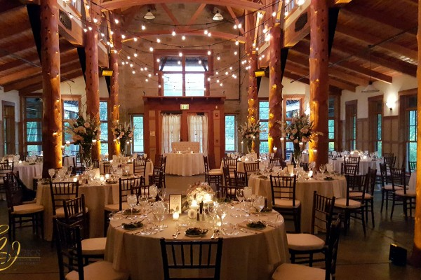 Wedding Venues Wisconsin and Milwaukee Catering