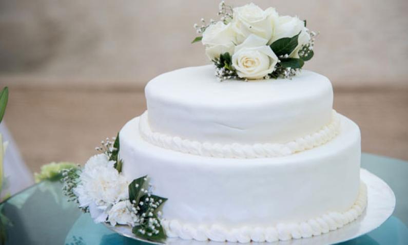 Die Hochzeitstorte  Krnung der Hochzeitstafel  Chefkochde