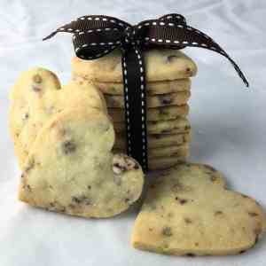 Melt and mix shortbread cookies edible gift cranberry white chocolate pistachio edible gifts
