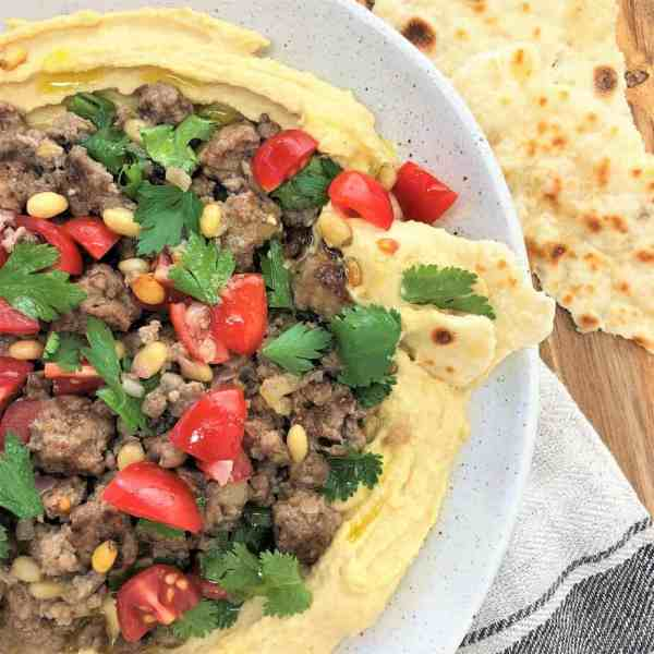 lamb with hummus - easy spiced lamb with creamy hummus