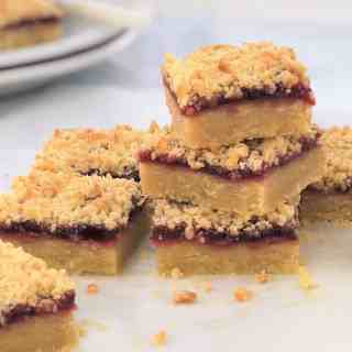 raspberry shortbread slice - childhood classic melt & mix