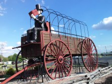World's Largest Covered Wagon - Lincoln, IL