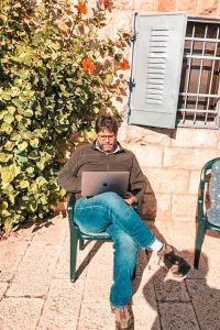 sitting at house in jerusalem