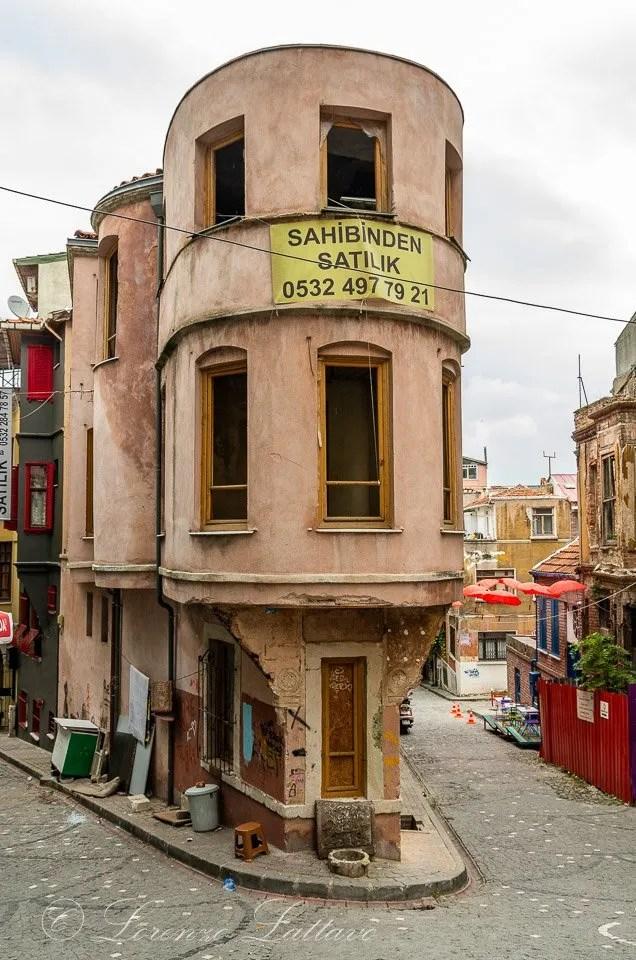 casa nel quartiere di fenere a istanbul