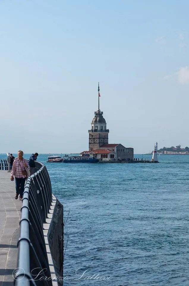 Torre di Leandro sul Bosforo a istanbul