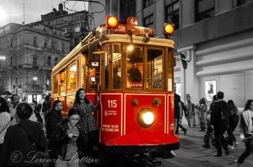 tram di taksim a istanbul