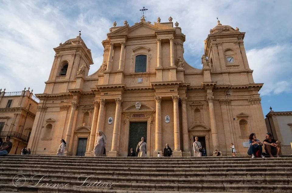 sure alla cattedrale di san Nicolò a Noto