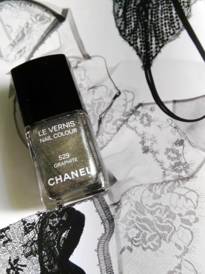 chanel nail polish graphite